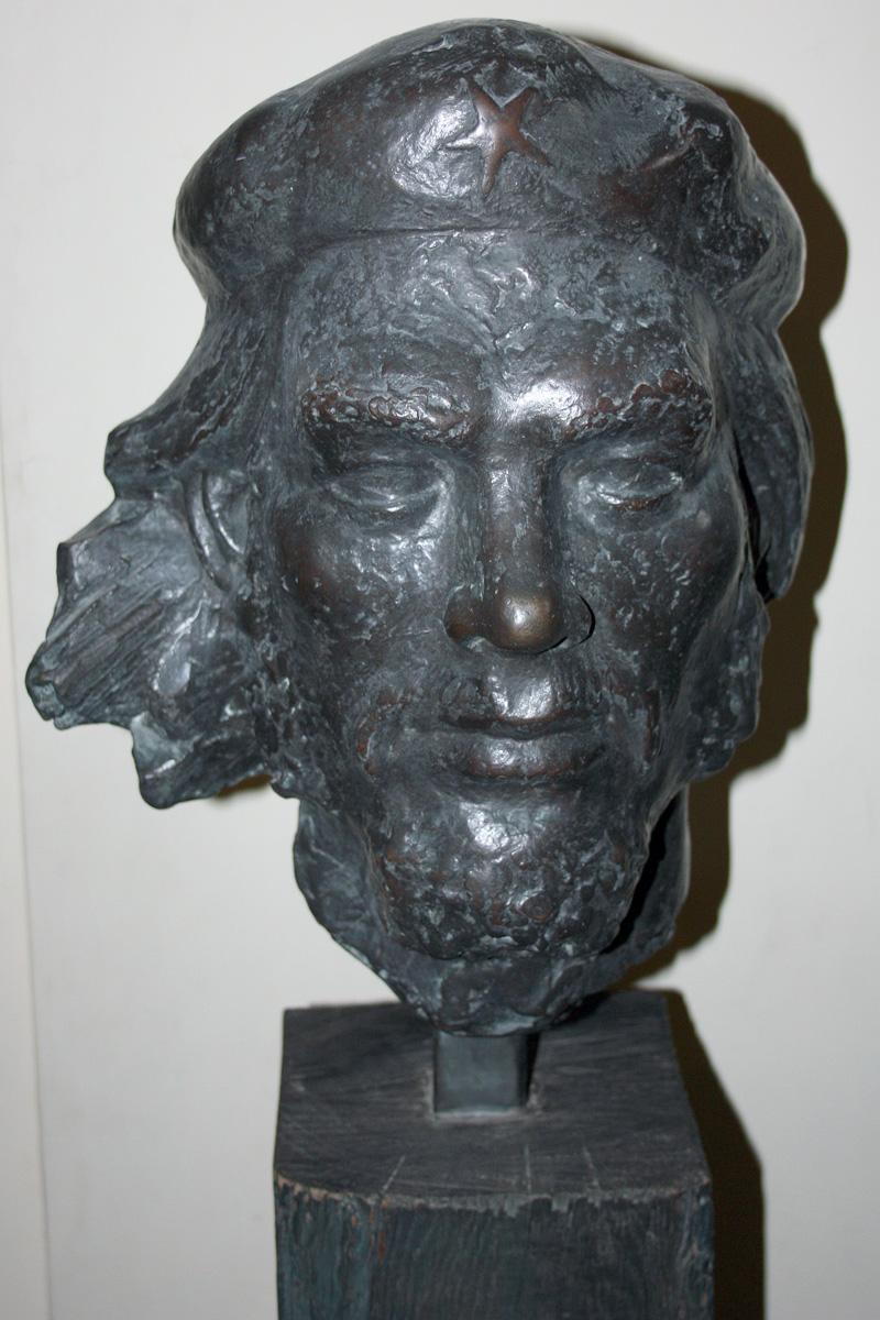 Bust of CheAndrew Picken