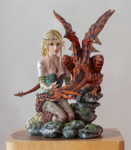Zelda & Dragon (Detailed Resin Figure)Lawrence Homewood